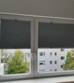 plisy na oknie